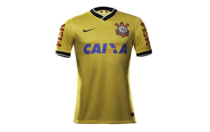 140d770006526 Além da laranja  relembre outras camisas diferentes do Corinthians