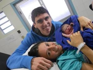 Jéssica viu a irmã gêmea dar à luz primeiro, na mesma sala (Foto: Arquivo Pessoal)