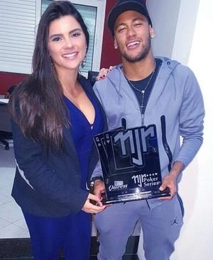 Kika e o jogador Neymar  (Foto: Reprodução / TV Diário )