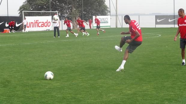 Jajá meia Inter (Foto: Tomás Hammes / GLOBOESPORTE.COM)