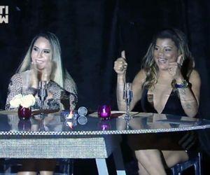 Na mesa de jantar, Tati Quebra-Barraco fala sobre suas 26 cirurgias plásticas e Mulher Melão assume que considera reconstruir seu hímen