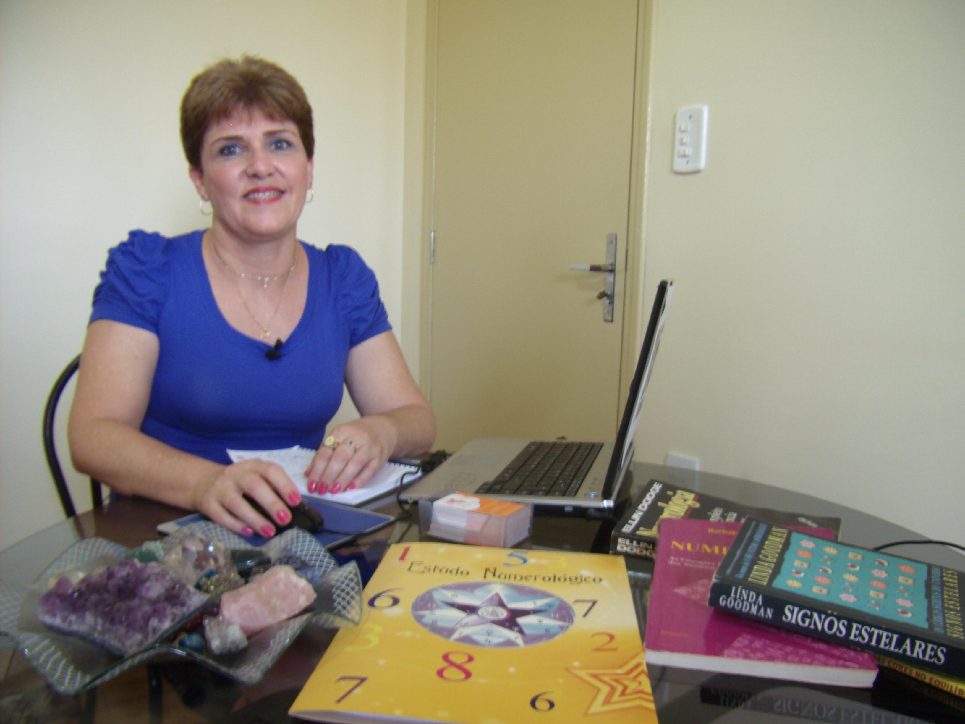 A numeróloga Isabel Miranda fala das previsões para 2013. (Foto: Divulgação / Arquivo Pessoal)
