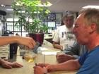 Como clínica canadense trata alcoólatras servindo vinho de hora em hora