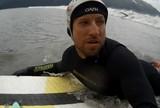 Frio, viagens e at� ursos: Serginho Laus encara desafios por amor ao surf