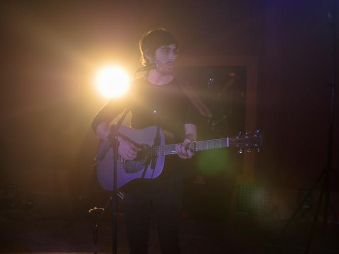 Mike, vocalista da OutroEu, é o compositor da música 'O Que Você Sonhou' em apoio aos atletas olímpicos do Brasil (Foto: Divulgação)