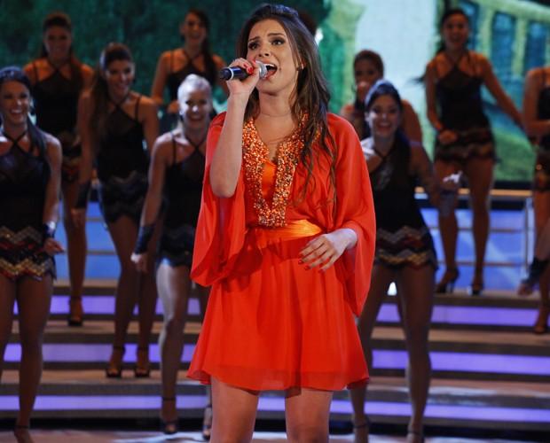A ex-sister se empolga no palco do Faustão (Foto: Domingão do Faustão / TV Globo)