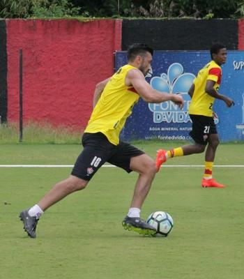 Dátolo em treino do Vitória (Foto: Maurícia da Matta / Divulgação / EC Vitória)