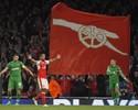 Arsenal arrasa Ludogorets com dois golaços e hat-trick de Özil