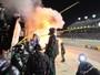 Carro da Nascar pega fogo nos boxes em corrida nos EUA e deixa 3 feridos