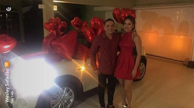 Safadão ganha carro de R$ 110 mil de presente de Natal