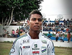 Carlinhos é um dos destaques do time no Sergipão (Foto: Divulgação/São Domingos)