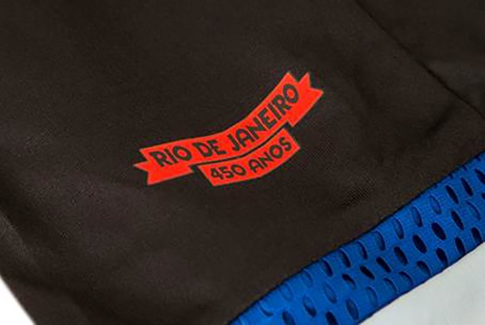 Detalhe camisa flamengo 450 anos do Rio de Janeiro