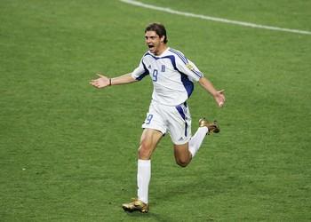 Charisteas Grecia x Portugal 2004 (Foto: Getty Images)