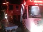 Pai e dois filhos ficam feridos após carro capotar em Ariquemes, RO
