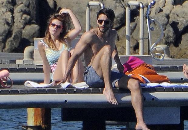Barbara Berlusconi e Lorenzo Guerrieri - imprensa italiana já sabe tudo sobre o novo namorado da loura (Foto: Reprodução  Chi)