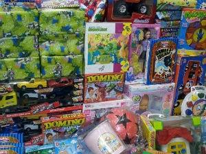 Brinquedos serão doados para instituições de caridade apoiadas pelo Instituto Arnon de Mello (Foto: Divulgação/ Marketing OAM )