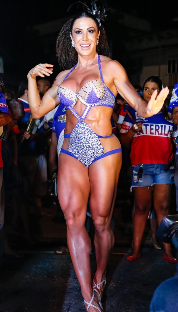 Gracyanne Barbosa (Foto: Leo Cordeiro/Divulgação)