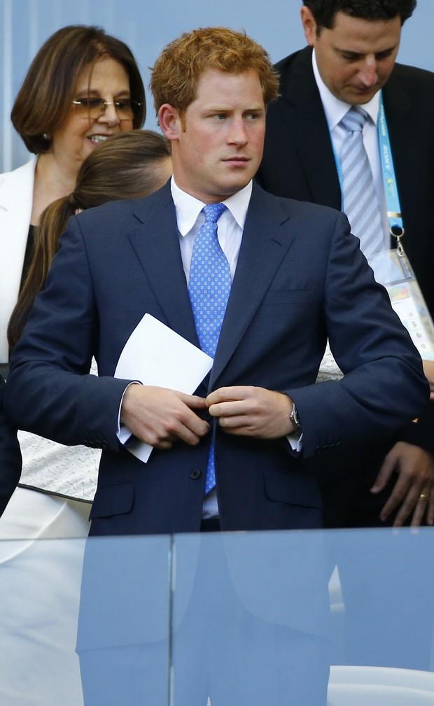 Príncipe Harry assiste ao jogo entre Inglaterra e Costa Rica, no Mineirão (Foto: Reuters)