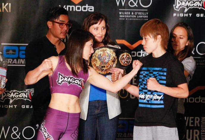 Hérica Tibúrcio x Ayaka Hamasaki pesagem Invicta FC 13 MMA (Foto: Evelyn Rodrigues)