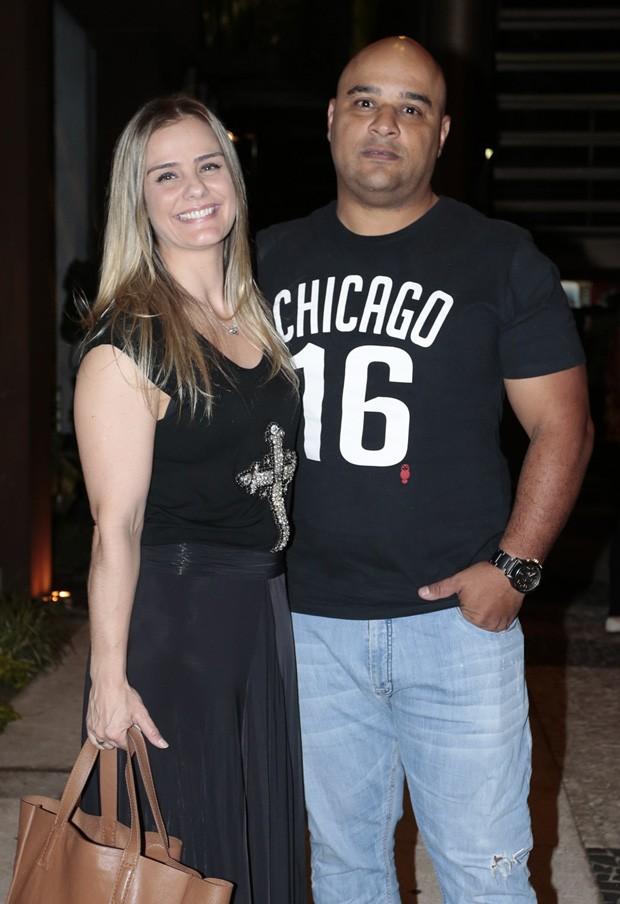 MIlene Domingues e o namorado, Rubens (Foto: Rafael Cusato/Brazil News)
