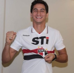 Ganso com a camisa do S&#227;o Paulo (Foto: reprodu&#231;&#227;o)