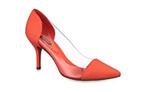 Sapatos com transparência: veja onde encontrar os melhores modelos