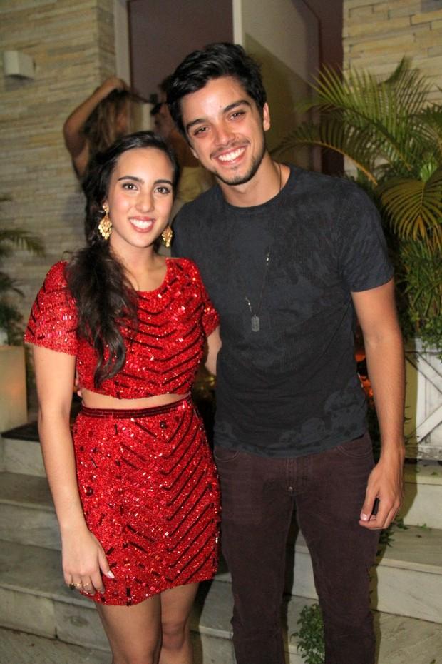 Filha de Edmundo com Rodrigo Simas (Foto: Cleomir Tavares / Divulgação)