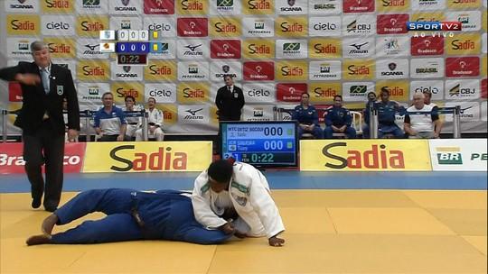 Dois anos após gravíssima lesão, ex-judoca estreia no atletismo adaptado com pódio