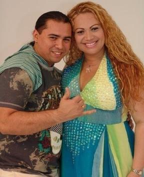 Xand e Solange Almeida, do Aviões do Forró, em foto de arquivo (Foto: Divulgação)