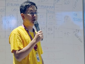 Especialista Fernando Masanori ensinou a 'hackear' Facebook e Twitter na Campus Party (Foto: Priscila Miranda / G1)