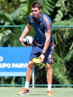 Thiago Gomes Sport (Foto: Marlon Costa / Pernambuco Press)