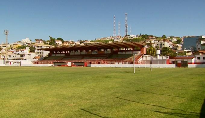 Estádio Elias Arbex, em Três Corações (Foto: Reprodução EPTV)