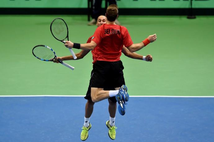 Ruben Bemelmans e Joris De Loore bélgica x brasil copa davis tênis (Foto: REUTERS/Eric Vidal)