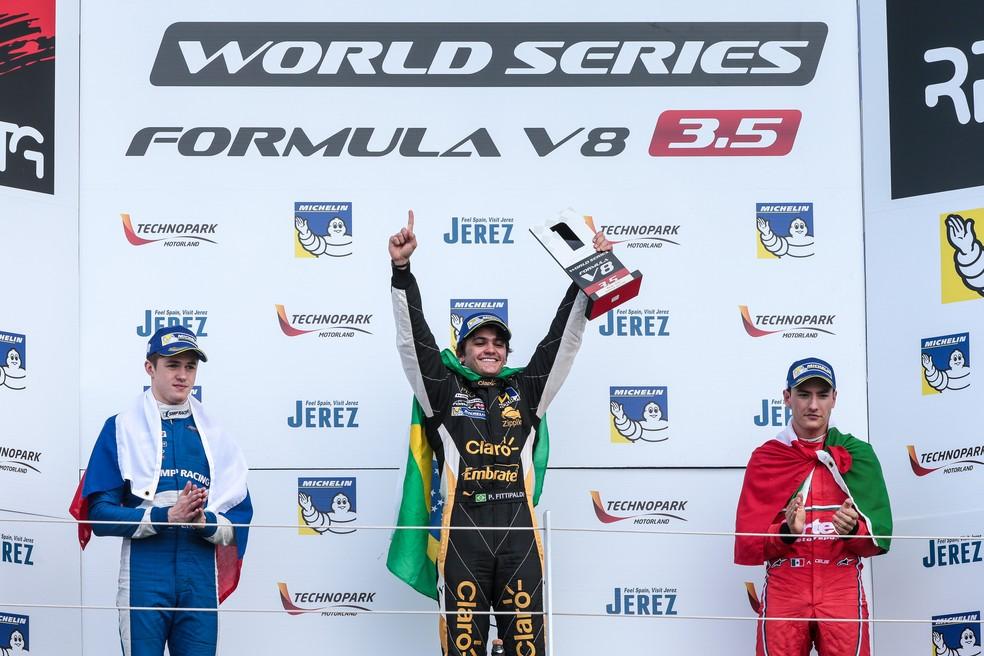 Pietro Fittipaldi faturou a primeira corrida da rodada dupla em Silverstone (Foto: Divulgação)