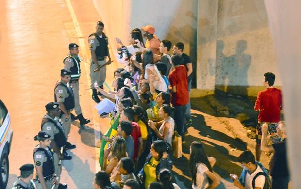 Chegada Seleção Brasileira BH (Foto: Marcos Ribolli)