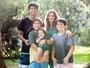 'A família está completa', diz Ana Paula Tabalipa, mãe de quatro filhos