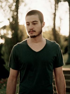 O cantor brasiliense radicado em Curitiba Tiago Iorc (Foto: Divulgação)