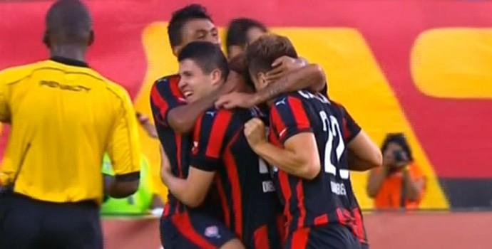 Vitória comemora gol contra Juazeirense (Foto: Reprodução)