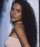 Glorinha (Gabriela Alves)