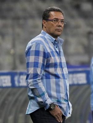 BLOG: Confronto contra o Santos pode agravar a crise no Cruzeiro