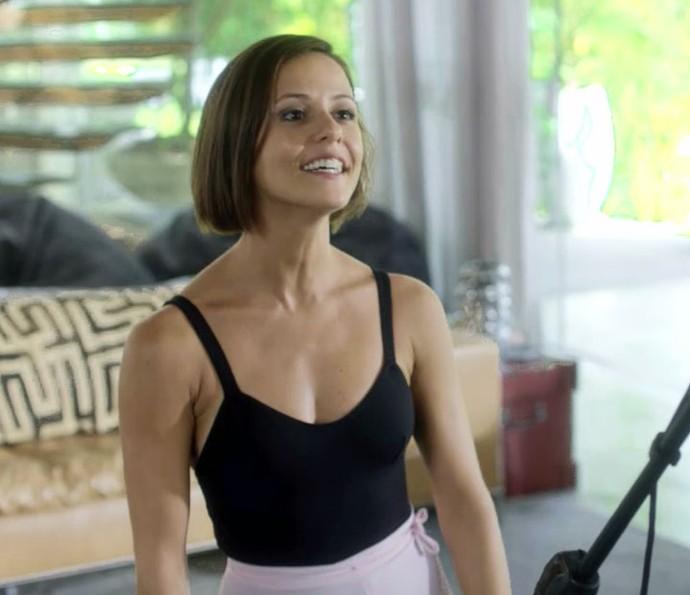 Andrea se oferece para ser bailarina de Brau (Foto: TV Globo)