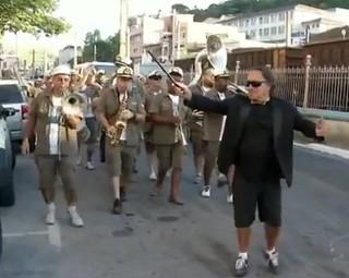 Bloco Bandalheira fez a alegria em Barra do Piraí (Foto: Reprodução RJTV 1ª Edição)