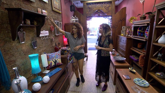 Carla Lemos e Paula Magalhães fazem garimpo de moda e decoração no Rio de Janeiro (Foto: TV Bahia)