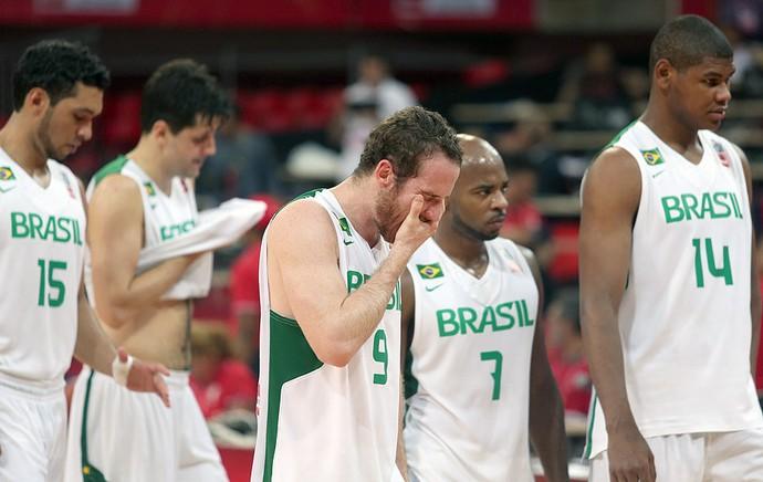 Marcelinho Huertas basquete Brasil Jamaica (Foto: AP)