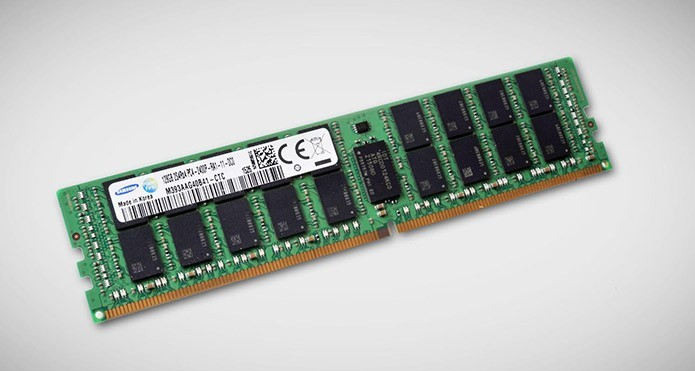 Instalar mais memória RAM pode resolver problema (Foto: Divulgação/Samsung)