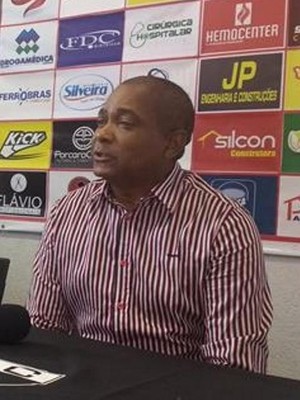 Gerson Evaristo Nacional de Muriaé NAC técnico (Foto: Silvan Alves)