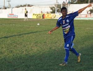 Claudinho, atacante da Desportiva Guarabira (Foto: Cadu Vieira)