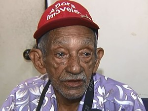 Antenor Caetano, 79 anos, foi vítima do golpe dentro de casa. (Foto: Reprodução/TV Tapajós)