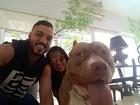 De volta dos EUA, Gracyanne Barbosa mata saudades de casa