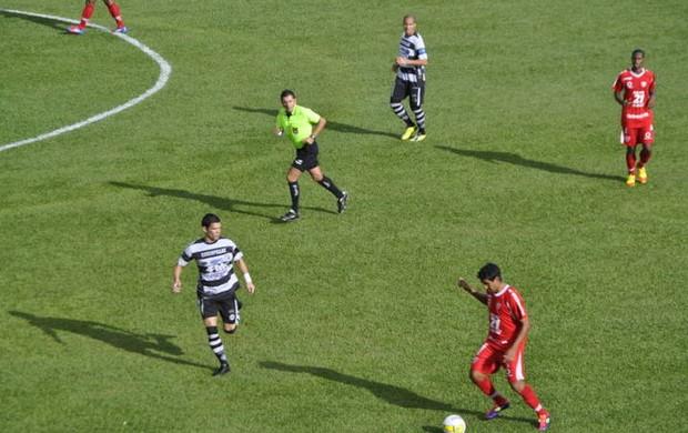 Mogi Mirim e XV de Piracicaba jogam pelo Campeonato Paulista (Foto: Bernardo Medeiros/ Globoesporte.com)